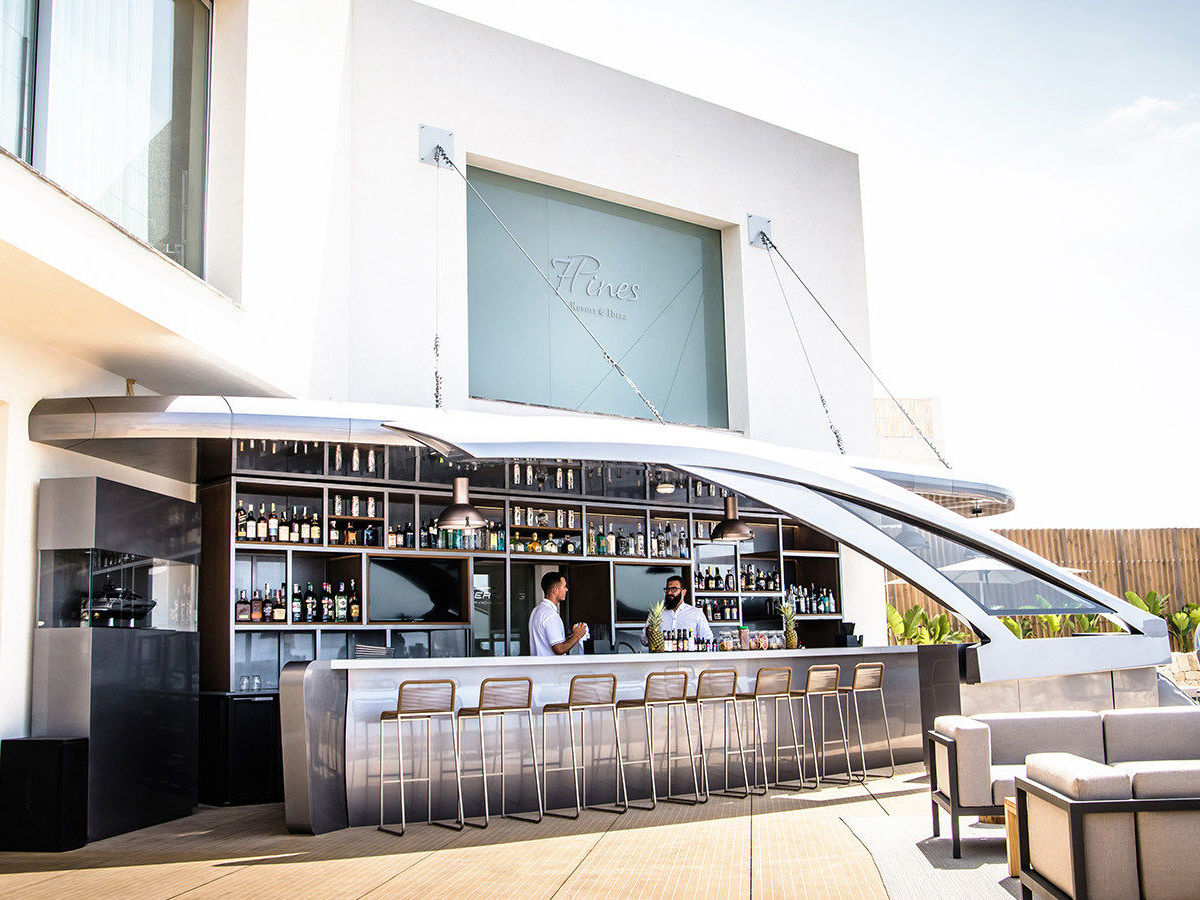 Pershing Yacht Bar @ 7 Pines Resort, Ibiza